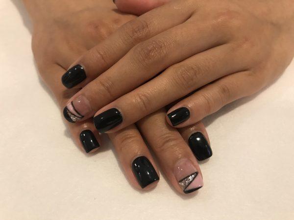 Nail Art Tutorial Geometrical Nail Art With Cnd Shellac Rainbow